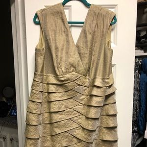 Gold simmering cocktail dress. Jessica Howard.